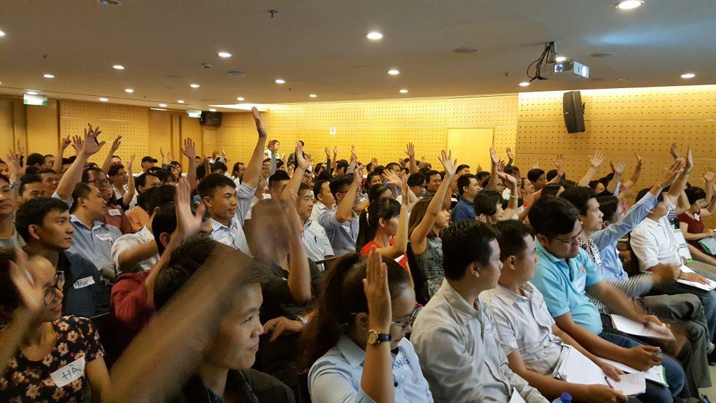 Học viên đồng tình với những chia sẻ của diễn giả Jackie Thái